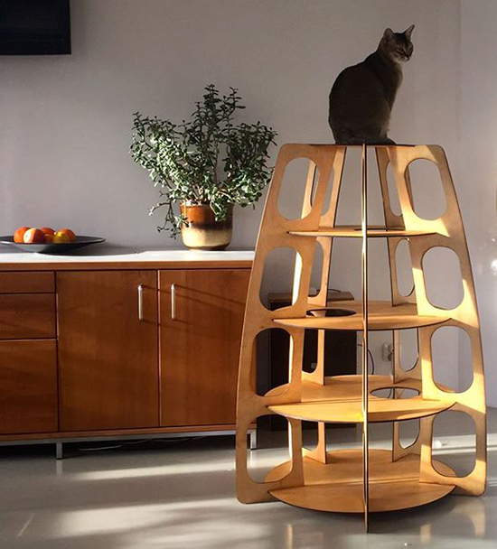 Multi level modern design for cats from holindesign for Cat tower designs